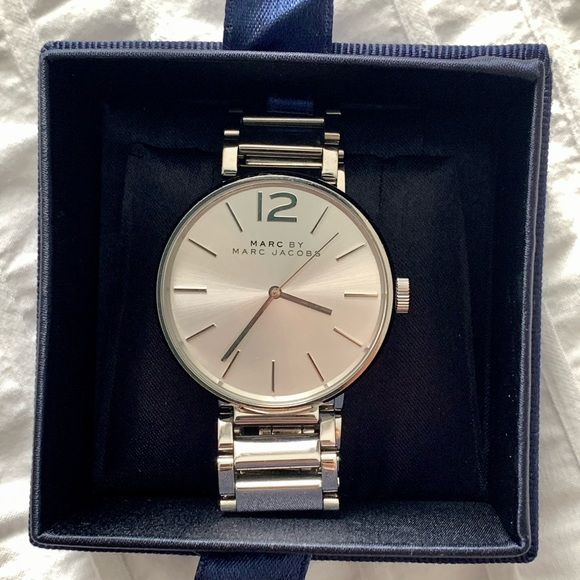 Marc by Marc Jacobs Watch Silver